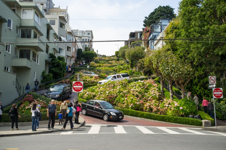 lombard-street-san-francisco-9